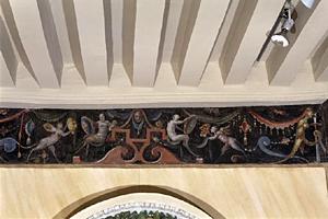 Frise peinte de grotesques